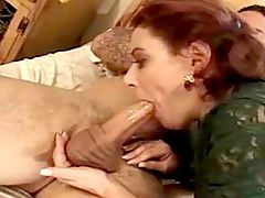 Foxy mature swallowing fatty tackle