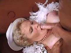 Granny gets fast titsfuck from guy