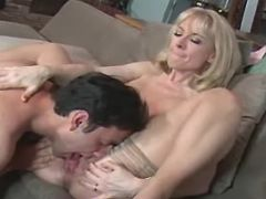 Sexy beautiful mature licked by guy